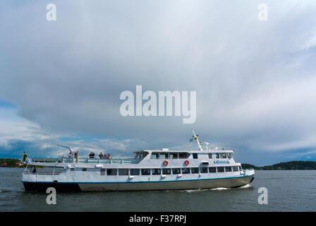 Fahrgastschiff, Stockholmer Schären in Vaxholm, in der Nähe von Stockholm, Schweden - Stockfoto