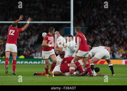 Twickenham Stadium, London, UK. 26. September 2015. England v entsprechen Wales in den Pool A-Abend der Rugby World - Stockfoto