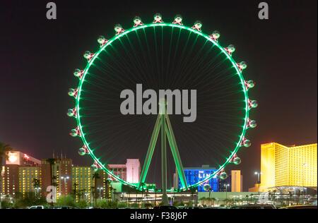 Eine Nachtansicht der High Roller Riesenrad in Las Vegas, Nevada. - Stockfoto