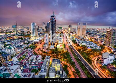 Bangkok, Thailand Twilight Stadtbild. - Stockfoto