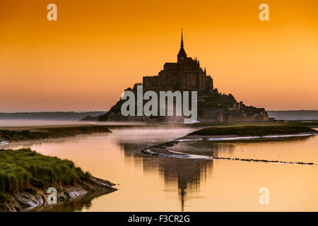 Couesnon Fluss Le Mont-Saint-Michel Saint Michael Mount Benedictine Abtei untere Normandie Manche Frankreich Europa - Stockfoto