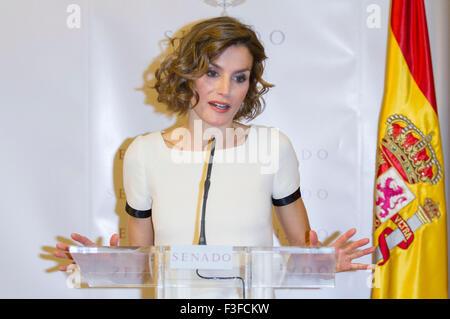 """Madrid, Spanien. 6. Oktober 2015. Königin Letizia von Spanien besucht den Journalistenpreis """"Luis Carandell"""" im - Stockfoto"""