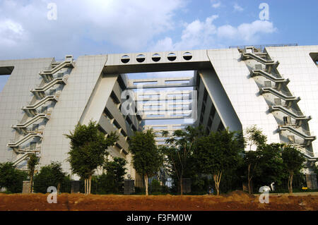 Moderne Gebäude in Hi Tech City in Hyderabad; Andhra Pradesh; Indien - Stockfoto