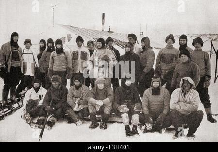 Robert Falcon Scott, zurück 1868-1912 Zeile Zentrum in Balaclava, mit Mitgliedern der Ill-Fated Terra Nova-Expedition - Stockfoto