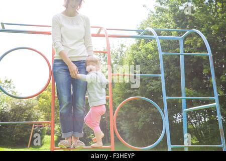Klettergerüst Kleinkind : Spielplatz klettergerüst · kostenloses foto auf pixabay