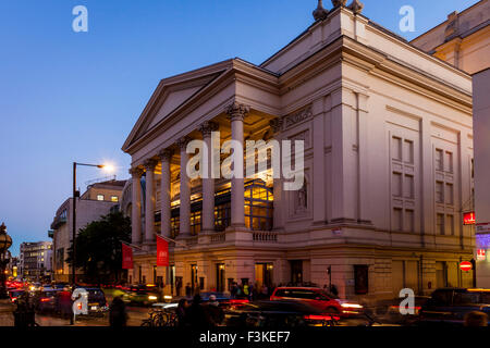 Das Royal Opera House, Covent Garden, London, UK - Stockfoto