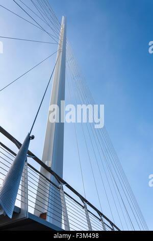 Strukturellen Detail des Fuß und Brücke über die Themse, Christchurch Brücke, Reading, Berkshire, England, GB, UK - Stockfoto