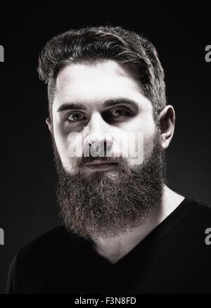 Porträt von einem Teenager Hipster mit Bart - Stockfoto