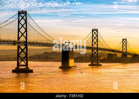 Skyline von San Francisco bei Nacht, Kalifornien, USA. - Stockfoto