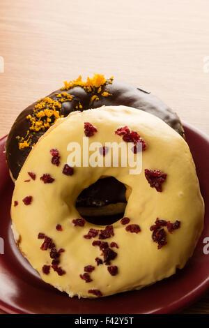 zwei Donuts - Stockfoto