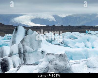 Gletschersee am Rande des Vatnajökull-Nationalparks. an der Spitze des Breidamerkurjokull-Gletschers - Stockfoto