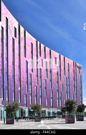 Fassade modern hotel  Fassade eines modernen Hotels Stockfoto, Bild: 90602552 - Alamy