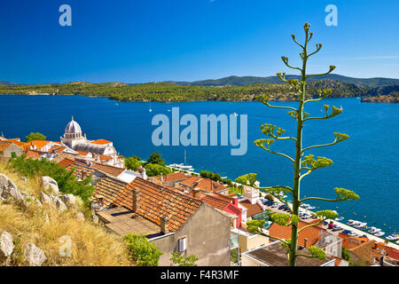 UNESCO-Altstadt von Sibenik historische Hafenviertel, Dalmatien, Kroatien - Stockfoto