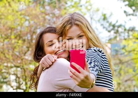 Die Selfie mit Smartphone - Stockfoto