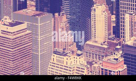 Vintage getönten Ansicht der Wolkenkratzer in New York City, USA. - Stockfoto