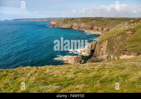 Malerische Küstenlandschaft bei Lands End, Cornwall, England, UK | Malerische Kuestelandschaft Bei Lands End, Cornwall, - Stockfoto