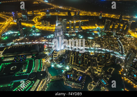 DUBAI, Vereinigte Arabische Emirate - 13 NOVEMBER: Adresse Hotel and Lake Burj Dubai in Dubai. Das Hotel ist 63 - Stockfoto