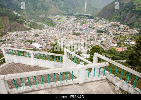 Banos Kanton ist ein Kanton von Ecuador in der Provinz Tungurahua Blick vom Mirador De La Jungfrau entfernt - Stockfoto