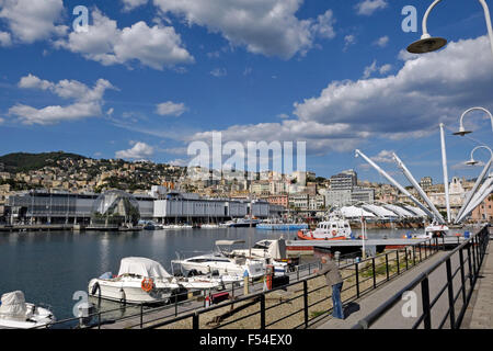 Italien, Ligurien, Genua, Blick auf die Stadt, Hafen, Ex