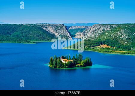 Kroatien, Dalmatien, Sibenik-Knin, Krka Nationalpark, römisch-katholische Franziskaner Kloster Visovac, Luftbild - Stockfoto