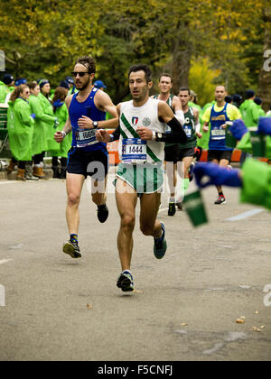 New York, New York, USA. 1. November 2015. New York City-Marathon. NYC Marathon, Central Park, New York, NY USA - Stockfoto