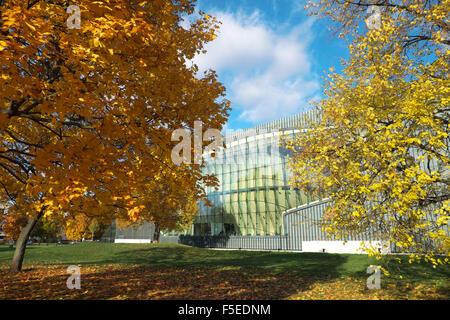 Warschau das neue Museum für die Geschichte der polnischen Juden POLIN im Herbst - Stockfoto