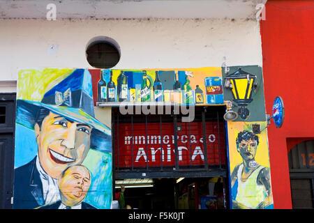 Hommage an Carlos Gardel in San Telmo Markt, Buenos Aires, Argentinien. Carlos Gardel ist der berühmteste Tango - Stockfoto