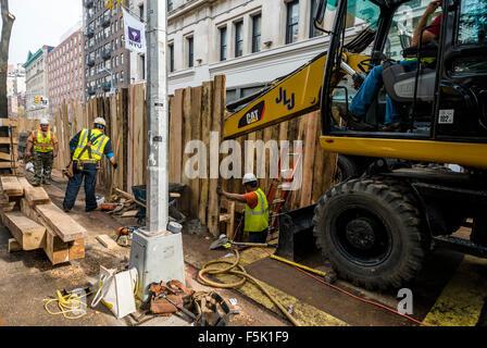 New York, USA.  5. November 2015.  Einen Tag nach der Abteilung Design gab, dass zwei 19. Jahrhundert Grüften bekannt, - Stockfoto