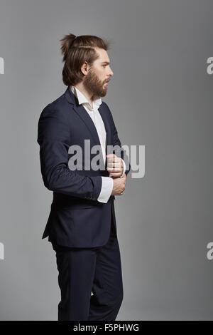 Porträt eines jungen hübschen Geschäftsmann - Stockfoto