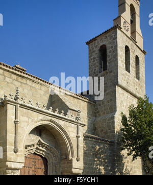 Spanien. Autonome Gemeinschaft Madrid. Villa del Prado. Kirche von Saint James, 15. und 16. Jahrhundert. Fassade. - Stockfoto