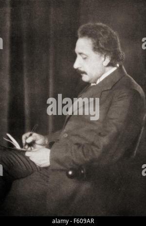Albert Einstein, 1879 – 1955.  Deutsch-stämmige theoretischer Physiker. Er entwickelte die allgemeine Relativitätstheorie. - Stockfoto