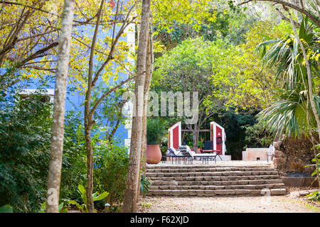 Versteckte Terrasse auf der Hacienda Santa Rosa in Yucatan, Mexiko. - Stockfoto