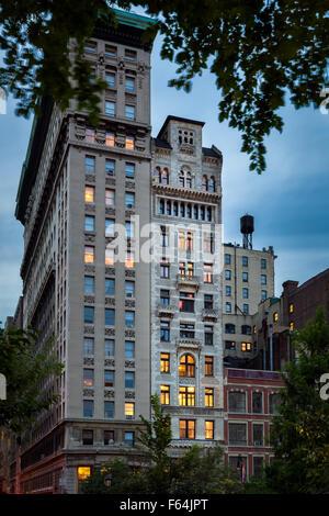 Am frühen Abend Ansicht des Gebäudes Decker und seine komplizierte Terrakotta-Fassade, Union Square, Manhattan, - Stockfoto