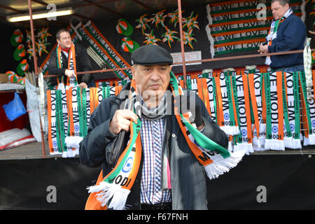 Wembley Stadium, London, UK. 13. November 2015. Proteste gegen Indian Premier Narendra Modi Event im Wembley-Stadion - Stockfoto