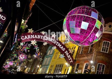 Die 2015 Weihnachtsbeleuchtung auf der Carnaby Street, London, England, UK - Stockfoto