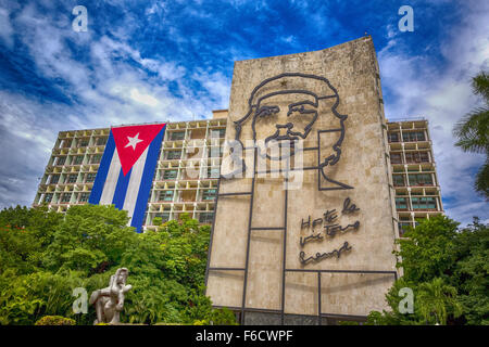 Ernesto Che Guevara als eine Art Installation und Propaganda Kunstwerk an der Wand auf dem Platz der Revolution - Stockfoto