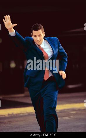 19. Mai 2002; Hollywood, Kalifornien, USA; ADAM SANDLER als Barry Egan in der romantischen Komödie/Drama '' Punch - Stockfoto