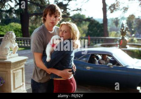 10. Januar 2003; Los Angeles, Kalifornien, USA; Schauspieler ASHTON KUTHER als Tom und BRITTANY MURPHY als Sarah - Stockfoto