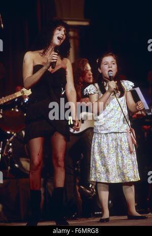 Washington, DC. 21.06.1989 Cher führt beim Benefizkonzert Pediatric AIDS Foundation.  Bildnachweis: Mark Reinstein - Stockfoto