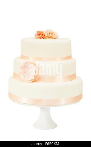 Einfachen Dreistockigen Hochzeitstorte Mit Blumenschmuck Auf Einer
