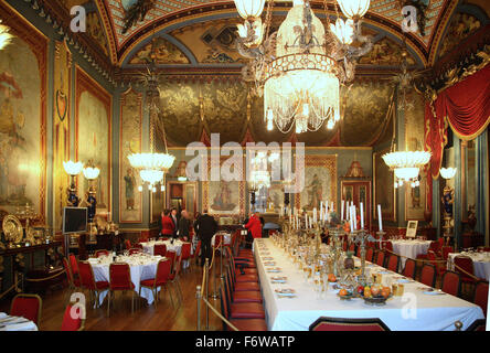 Der Speisesaal im Royal Pavillon Gebäude in Brighton, UK. Richten Sie für ein corporate Dinner-event - Stockfoto