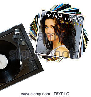 Shania Twain 1997 Album Come On Over, Plattenspieler und Album, England - Stockfoto