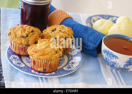 blaubeer muffins stockfoto bild 75436367 alamy. Black Bedroom Furniture Sets. Home Design Ideas