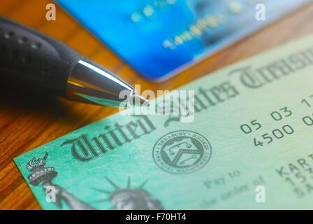 Überprüfen des Papiers aus den Vereinigten Staaten Treasury - Stockfoto