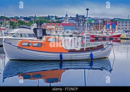 Angelboote/Fischerboote In den Hafen Torshavn Färöer Inseln - Stockfoto