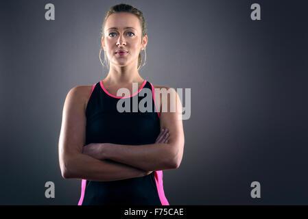 Muskulöse straff sportliche Frau - Frauenkörper Generator