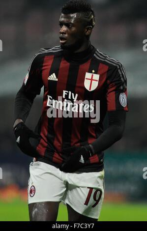 Mailand, Italien. 28. November 2015. M' Baye Niang des AC Mailand in der italienischen Serie ein League Fußballspiel - Stockfoto