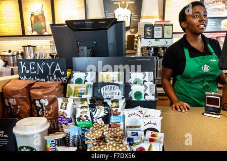 starbucks coffee counter display mit produkten kuchen geb ck und kasse in der a55 starbucks. Black Bedroom Furniture Sets. Home Design Ideas