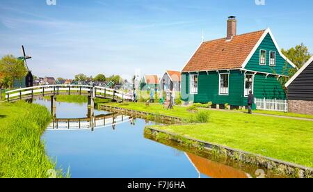 Traditionelle Architektur in Zaanse Schans - Holland Niederlande - Stockfoto