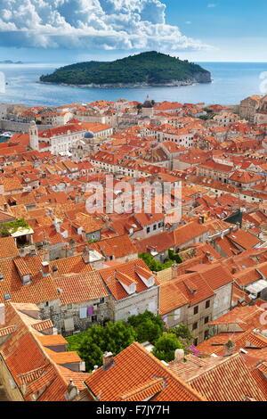 Altstadt von Dubrovnik, erhöhten Blick von Stadtmauern, Kroatien - Stockfoto